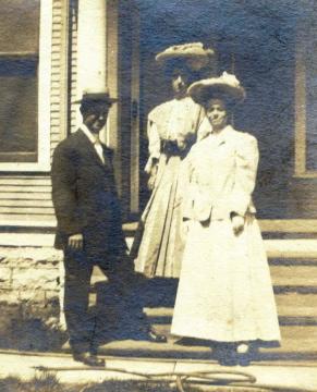 Nett and Nell Murphy