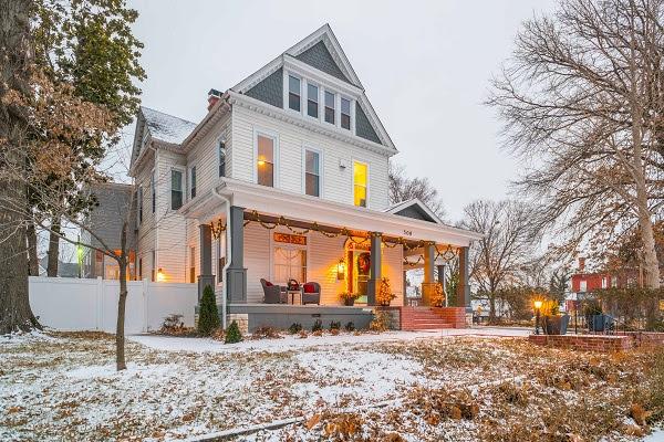 Incredible The Henry Weymann House Historic Murphysburg Download Free Architecture Designs Scobabritishbridgeorg